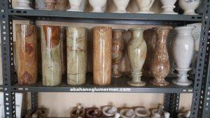mermer çiçeklik vazo