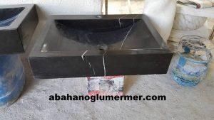 toros siyahı lavabo